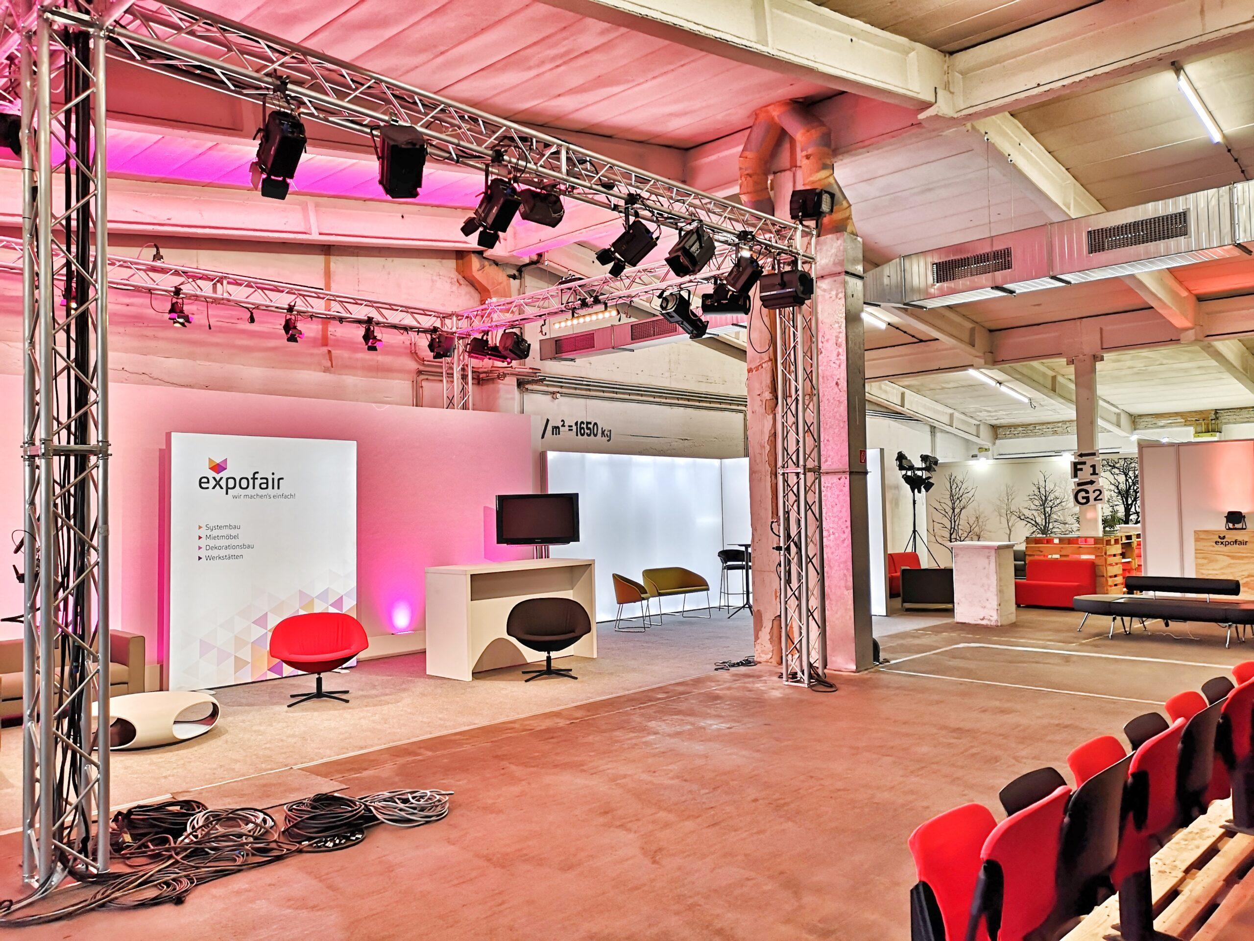 Digitales Studio Berlin mit 3 Sets_ expofair
